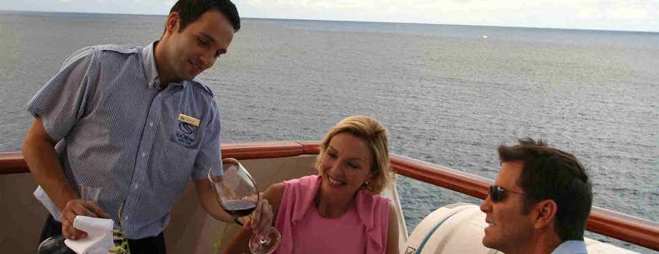 Wine voyages aboard a yacht